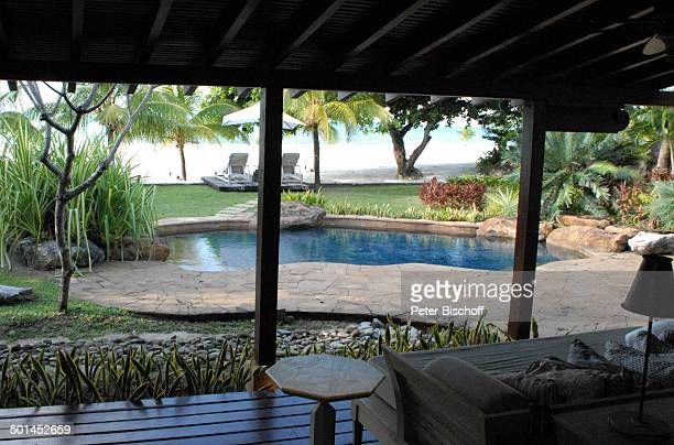 Villa Mit Pool Stock Photos And Pictures Getty Images