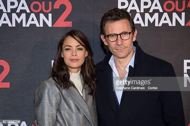 Berenice Bejo and Michel Hazanavicius attend the 'Papa ou Maman 2' Paris Premiere At Cinema Gaumont Alesia on December 5 2016 in Paris France