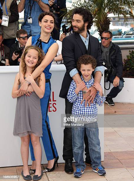 Berenice Bejo Jeanne Jestin Elyes Aguis and Tahar Rahim attend the photocall for 'Le Passe' at The 66th Annual Cannes Film Festival on May 17 2013 in...