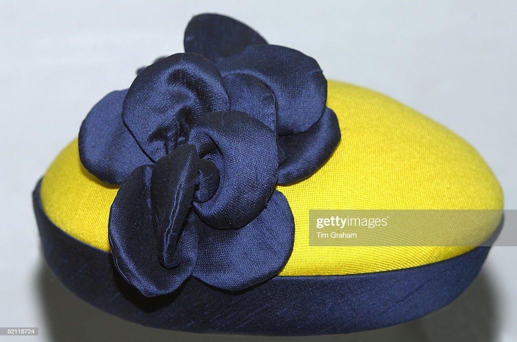 Queen Hat : News Photo