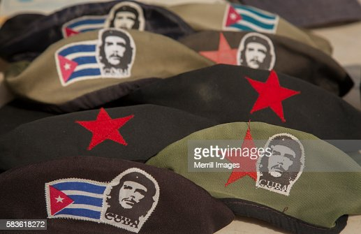 Berets With Che Guevara For Sale In Cuba Stock Photo - Getty