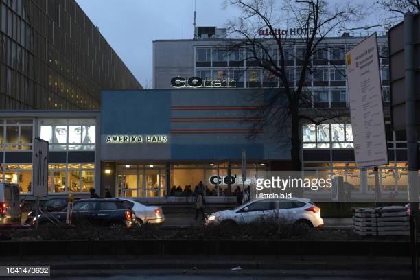 Berlin AmerikaHaus am Bahnhof Zoo heute ist hier C/O Berlin ein Ausstellungshaus für Fotografie untergebracht