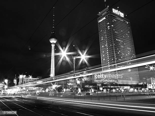 berlin alexanderplatz at night - bernd schunack stock pictures, royalty-free photos & images
