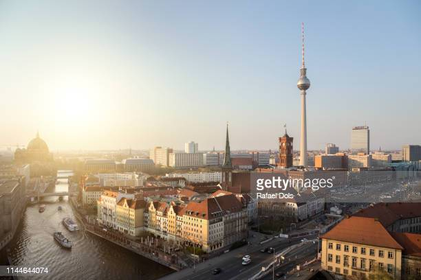 berlin at sunset - berlin stock-fotos und bilder