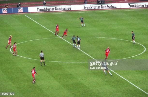 FINALE 2000 Berlin BAYERN MUENCHEN WERDER BREMEN 30 ANSTOSS