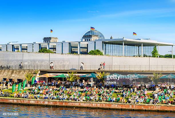 berlin strand bar - central berlin stock pictures, royalty-free photos & images