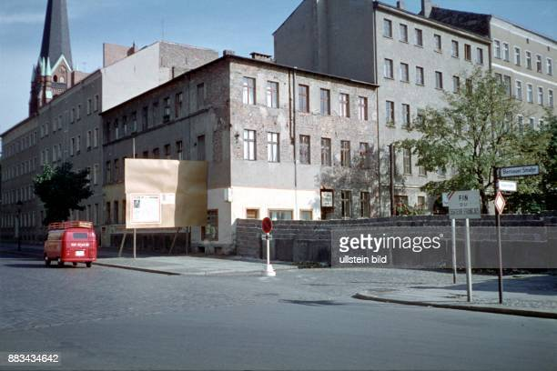 Berlin Bernauer Strasse at the border between East and West Berlin 1962