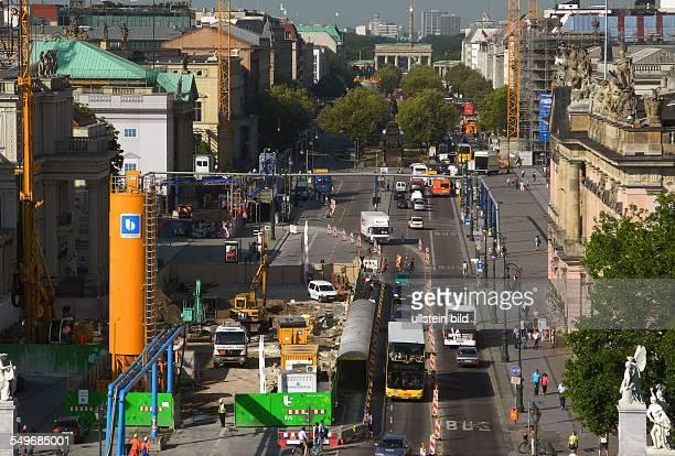 Berlin, Blick von der Humboldt-Box auf die BVG-Baustelle Unter den Linden