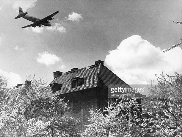 Berlin Blockade A supply plane of the US Air Force on its landing approach to Tempelhof Airport