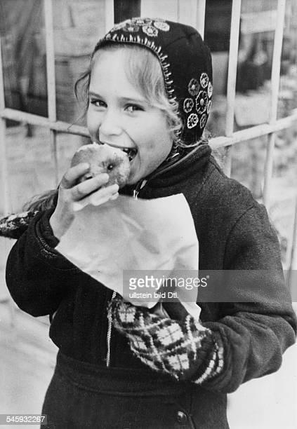Berlin Blockade Girl in a children's home in Hamburg