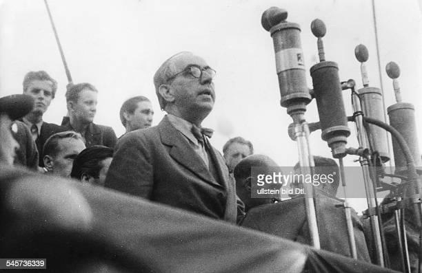 Berlin Blockade Lord Mayor Ernst Reuter giving a speech during a demonstration of the SPD