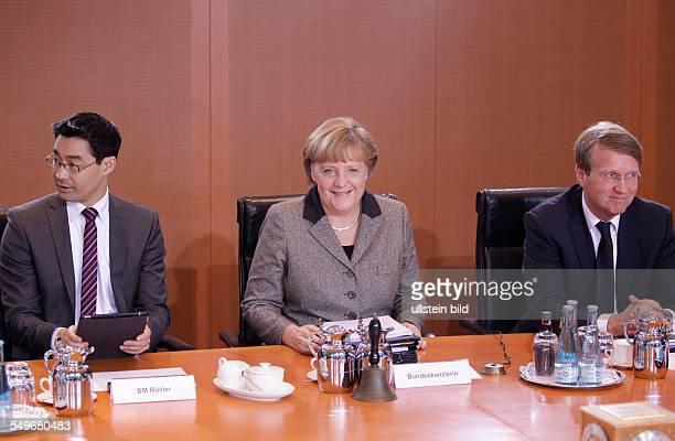 Berlin Bundeskanzleramt Kabinettssitzung Das Bundeskabinett befasst sich in seiner 128 Sitzung am 9 Januar 2013 unter anderem mit dem 16 Bericht der...