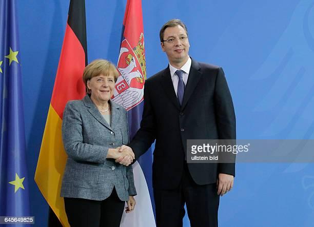 Berlin Bundeskanzleramt Pressestatements der BKin Angela Merkel und Serbiens Ministerpräsident Aleksandar Vucic vor dem gemeinsamen Gespräch Foto...