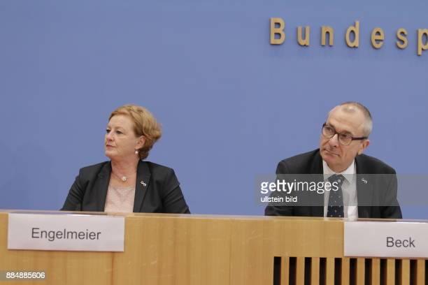 Berlin Bundespressekonferenz Thema 50 Jahre Diplomatische Beziehungen DeutschlandIsrael Ergebnisse eines Austausches beim Israel Allies European...