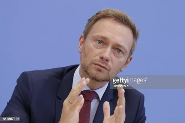 Berlin Bundespressekonferenz Thema Auswertung des Landtagswahljahres 2016 Foto Christian Lindner Bundesvorsitzender der FDP