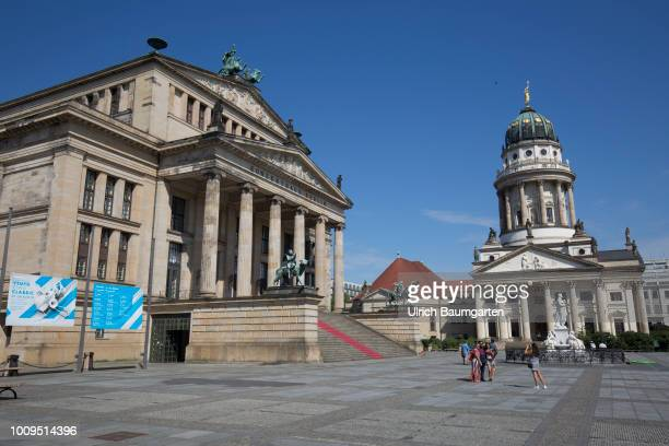 Berlin capital of the Federal Republic of Germany Exterior view of the Konzerthaus Berlin and the Franzoesischer Dom at the Gendarmenmarkt