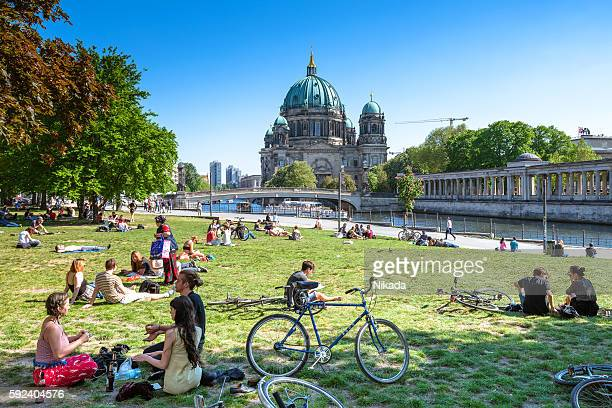berlin cathedral and museum island - holy city park stock pictures, royalty-free photos & images
