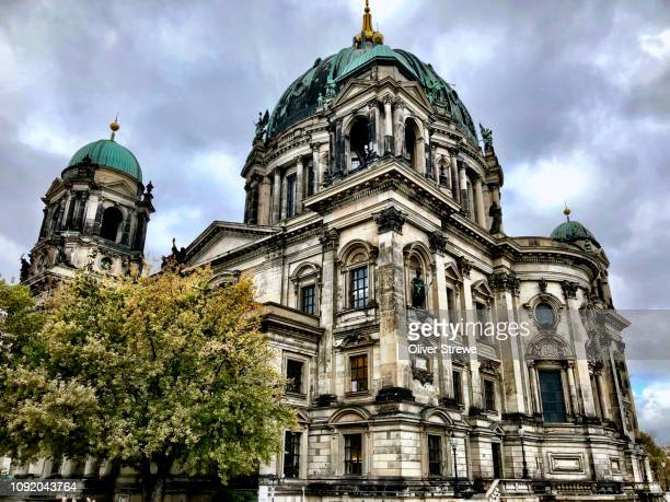 berlin cathedral damaged during world war