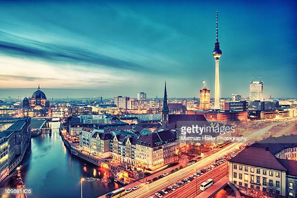berlin city nights - berlin stock pictures, royalty-free photos & images