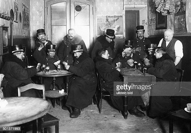 Berlin coachmen around 1900 Berlin coachmen playing cards in a pub in their spare time 1909