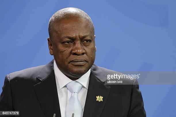 Berlin Empfang des Staatspräsidenten der Republik Ghana John Dramani Mahama durch Bundeskanzlerin Angela Merkel Foto John Dramani Mahama