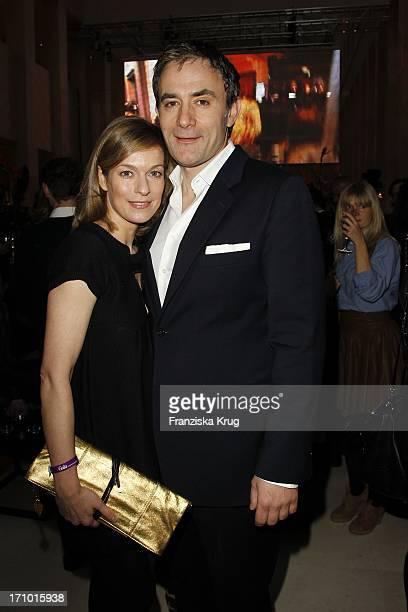 Lisa Martinek Und Ehemann Giulio Ricciarelli Beim Gala Fashion Brunch In Der Catwalk Bar Im Mariott Hotel In Berlin