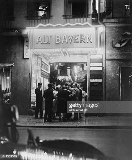 """Berlin, Friedrichstrasse 94: Cabaret """"Alt Bayern"""""""