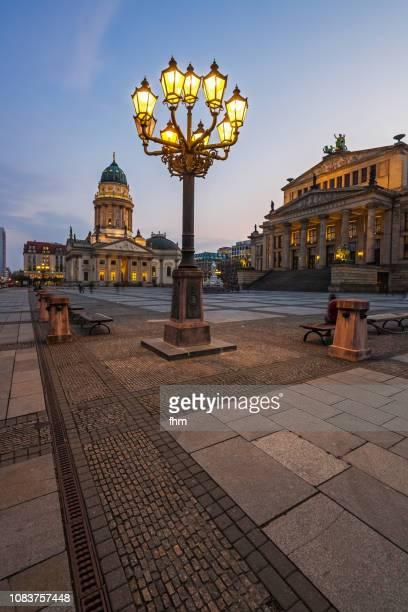 berlin gendarmenmarkt at sunset (berlin, germany) - deutscher dom stock pictures, royalty-free photos & images