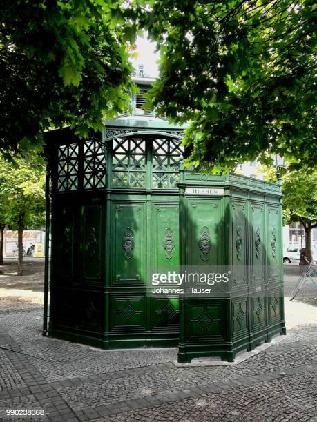 Berlin: Gendarmenmarkt, historic toilet