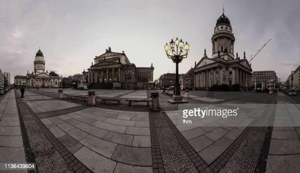 berlin gendarmenmarkt (berlin, germany) - konzerthaus berlin stock pictures, royalty-free photos & images