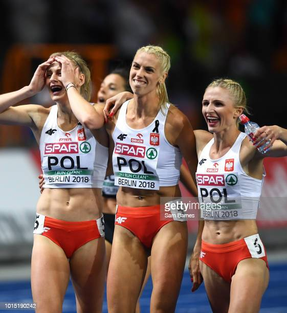Berlin Germany 11 August 2018 Members of the Poland Women's 4x400m relay team celebrate winning gold medals during Day 5 of the 2018 European...