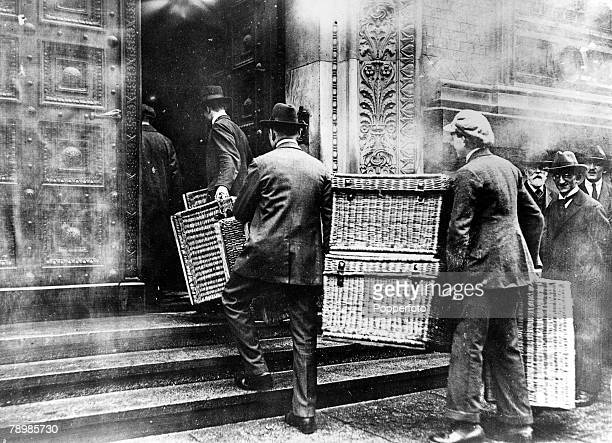 1923 Berlin Germany Hyperinflation made visible Laundry baskets were necessary to collect the bulky pay packets