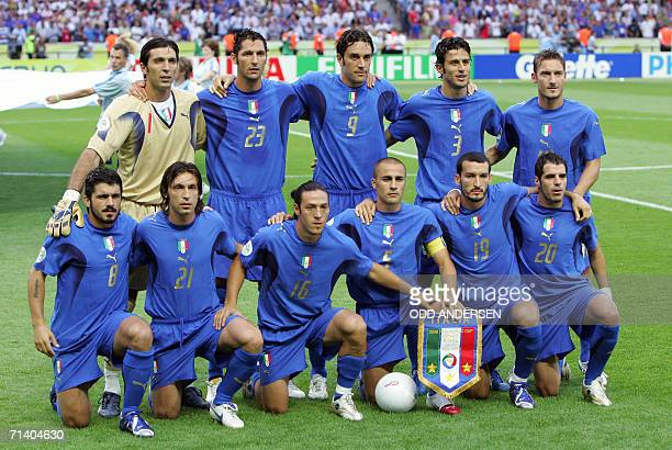 Members of the Italian team pose at the start of the World Cup 2006 final football match between Italy and France at Berlin's Olympic Stadium 09 July...