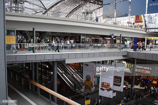 berlin hauptbahnhof - modern central station - pejft stock pictures, royalty-free photos & images