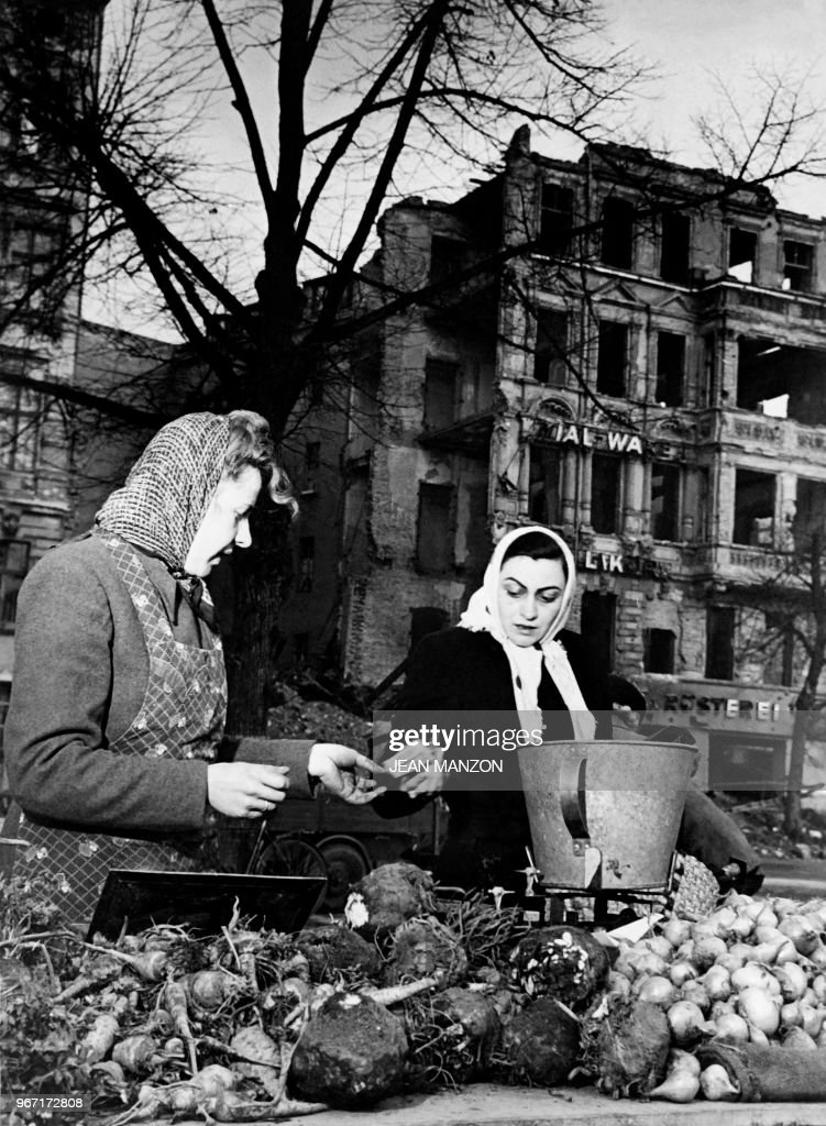 GERMANY-BERLIN-BLOCKADE : News Photo