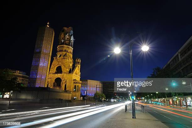 berlin - kaiser wilhelm memorial church - kurfürstendamm stock pictures, royalty-free photos & images