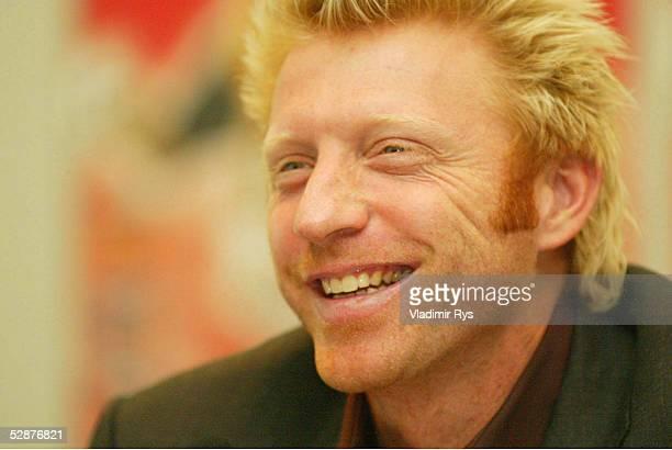 PRESSEKONFERENZ 2002 Berlin KAMPS Neuer Sponsor der Masters Series am Rothenbaum Boris BECKER