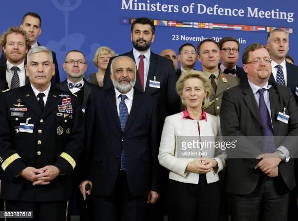 Berlin Konferenz der Verteidigungsminister der truppenstellenden Nationen TAAC North Resolute Support Mission in Afghanistan / Teilnahme BM'in von...