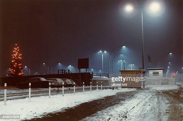 border checkpoint Heinrich Heine Strasse