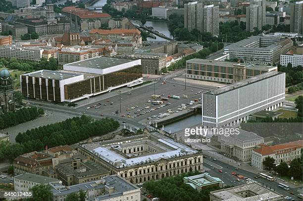 Berlin Mitte 'Palast der Republik' the Foreignministry in the foreground the 'Zeughaus' Aerial view