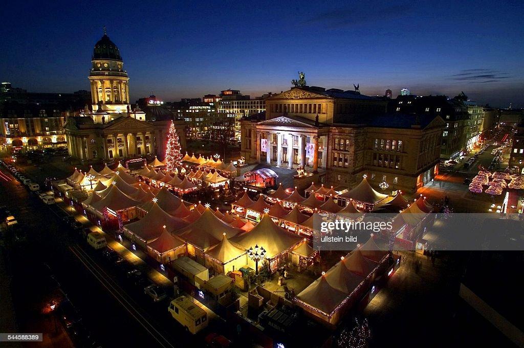 Berlin - Mitte: Weihnachtsmarkt auf dem Gendarmenmarkt : Foto jornalística