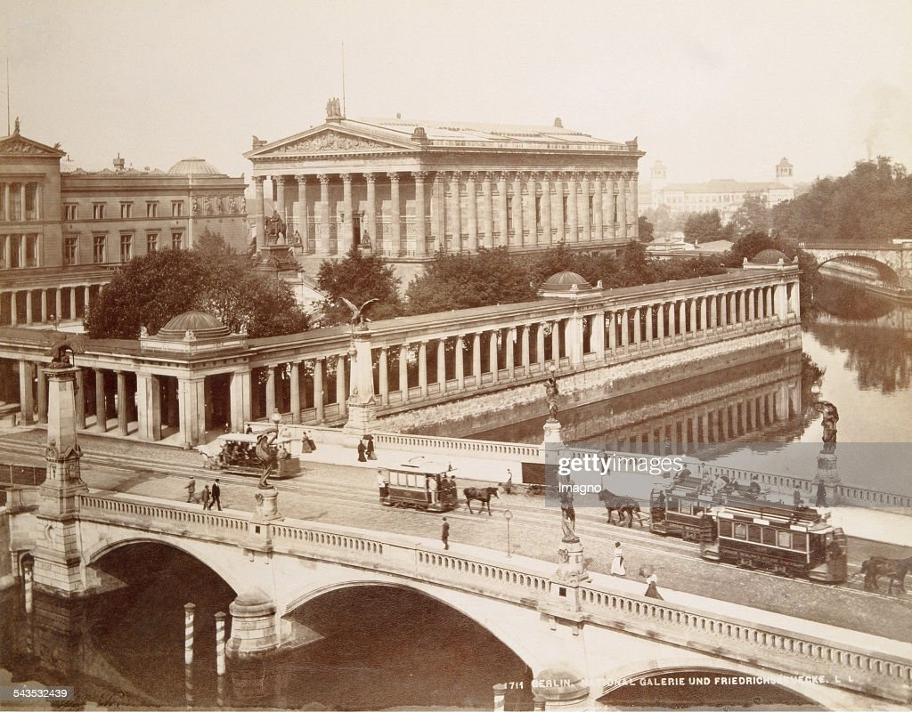 National Gallery And Friedrichstrasse In Berlin : Nachrichtenfoto