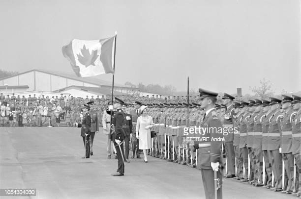 Berlin Ouest Allemagne 27 mai 1965 Visite d'état de onze jours de la Reine ELIZABETH II D'ANGLETERRE en Allemagne Fédérale Berlin Ouest le 27 mai...