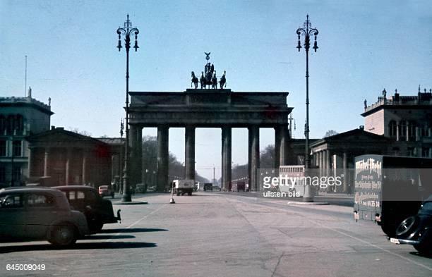 Berlin - Pariser Platz mit Brandenburger Tor - 1939