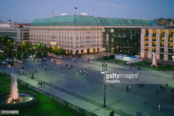 berlin: pariser platz with the hotel adlon at twilight - heiligendamm stock photos and pictures