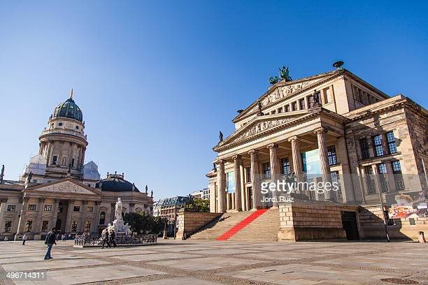 berlin - gendarmenmarkt stock pictures, royalty-free photos & images
