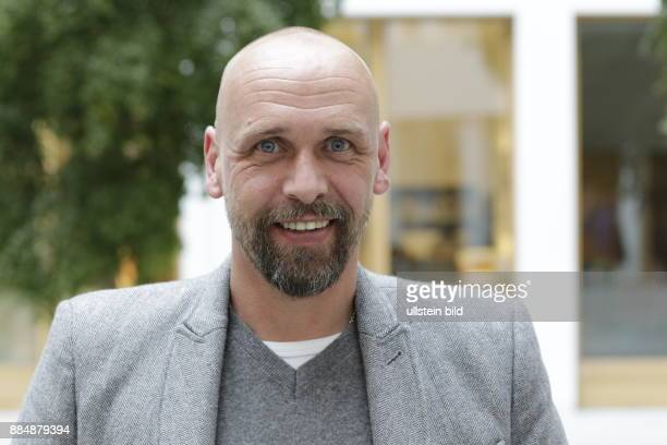 Techniker Krankenkasse /Entspann dich Deutschland / TKStressstudie Foto Holger Stanislawski früherer Bundesligatrainer des FC St Pauli