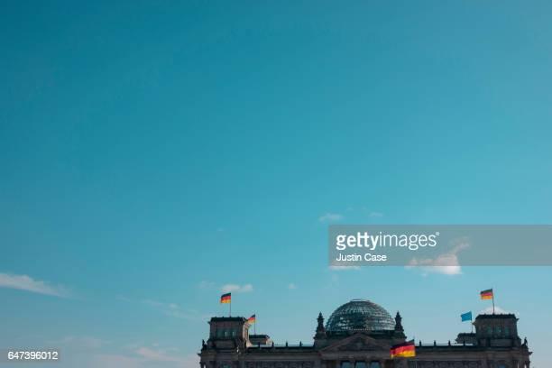 Berlin Reichstag shot against huge skyvor weitem Himmel