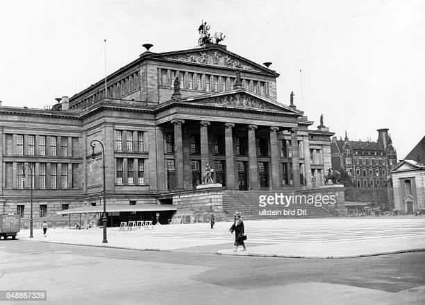 Berlin Schauspielhaus on the Gendarmenmarkt 1930 Photographer PresseIllustrationen Heinrich Hoffmann Vintage property of ullstein bild