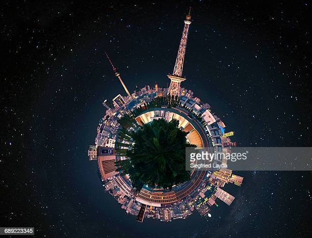 berlin skyline at night. - 360 degree view stock pictures, royalty-free photos & images